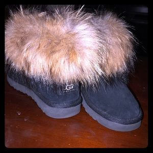 97b22cf1566 Women Ugg Fox Fur Boots on Poshmark